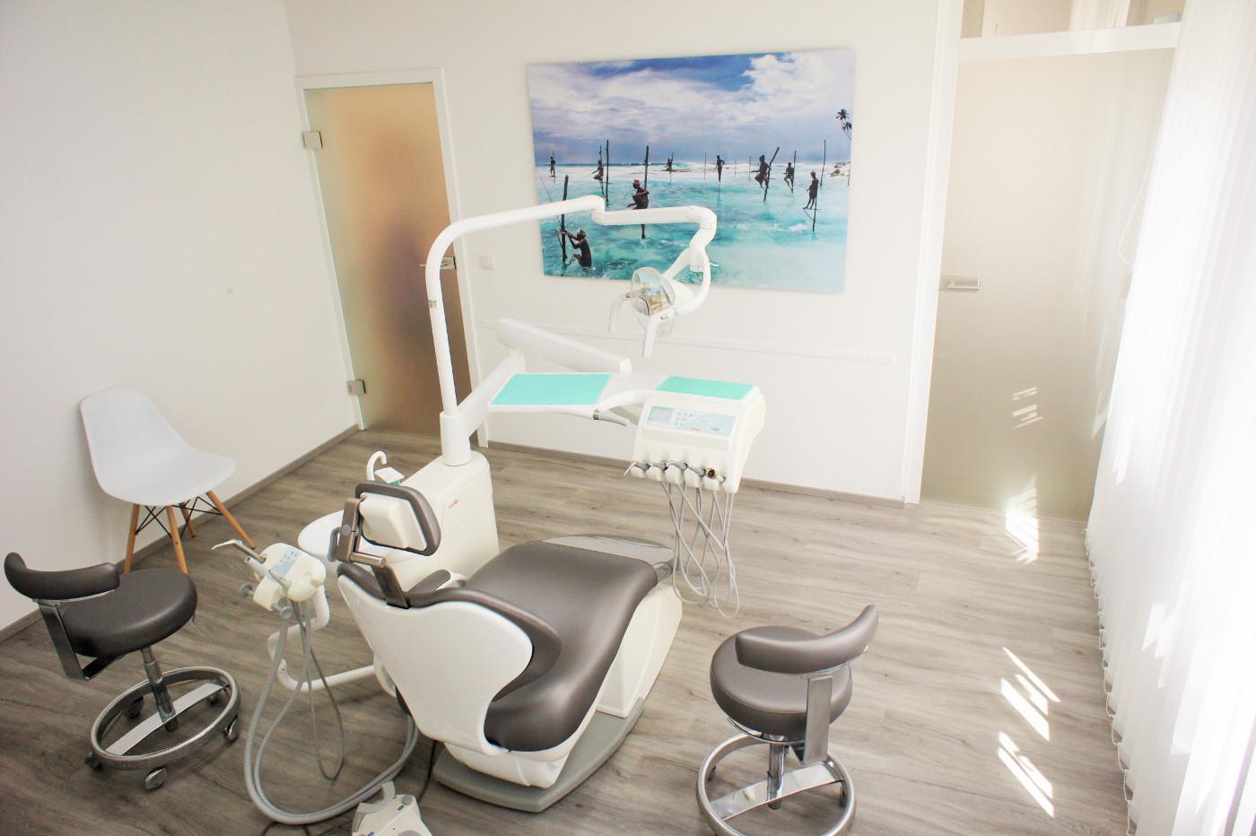 Behandlungszimmer 2 Zahnarzt Lauf Mareike Pietsch